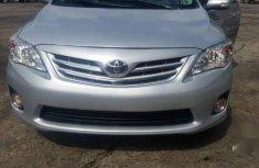 Toyota Corolla 2011 Silver color for sale