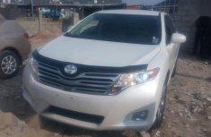 Sharp white 2012 Toyota Venza suv automatic for sale