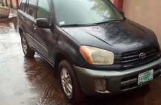 Sell well kept 2003 Toyota RAV4 suv automatic in Lagos