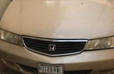 Used gold 2003 Honda Odyssey automatic at mileage 483,367 for sale