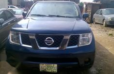 Selling 2006 Nissan Pathfinder automatic at mileage 111,222