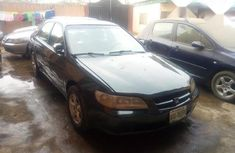 Green 2000 Honda Accord car automatic at attractive price in Lagos
