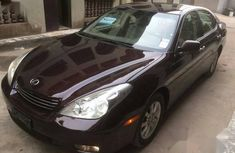 Selling 2004 Lexus ES in good condition in Lagos