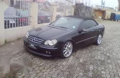 Sell cheap black 2007 Mercedes-Benz CLK sports automatic at mileage 38,000