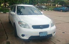 Sell used white 2005 Toyota Matrix suv automatic at cheap price