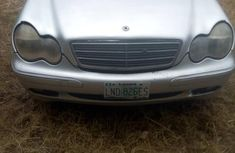 Well maintained white 2003 Mercedes-Benz C240 sedan automatic for sale