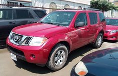 Sell used 2011 Nissan Pathfinder suv  automatic