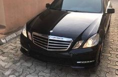 Black 2013 Mercedes-Benz E350 car sedan automatic in Ilorin