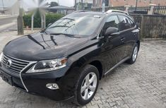 Well maintained black 2015 Toyota Lexcen automatic for sale at price ₦11,700,000