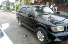 Sell high quality 2001 Nissan Pathfinder suv automatic in Lagos