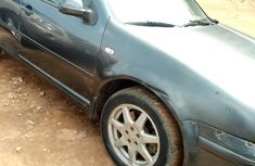 Need to sell cheap used 2002 Volkswagen Golf automatic