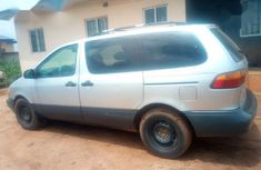 Used 2000 Toyota Sienna car for sale at attractive price
