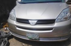 Used 2003 Toyota Sienna automatic for sale at price ₦2,000,000 in Lagos