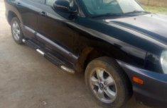 Sell black 2005 Hyundai Santa Fe automatic at cheap price