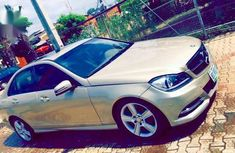 Sell gold 2009 Mercedes-Benz C300 in Abuja at cheap price
