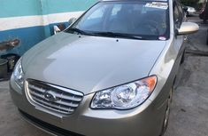 Selling gold 2008 Hyundai Elantra automatic in Lagos