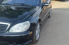 Sell black 2004 Mercedes-Benz S550 automatic in Lagos