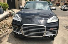 Need to sell used 2007 Porsche Cayenne automatic in Lagos at cheap price