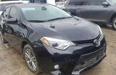 Best priced used grey 2016 Toyota Corolla automatic in Lagos