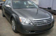 Used 2010 Toyota Avalon sedan for sale at price ₦3,200,000 in Abuja