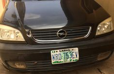 Selling 2005 Opel Zafira in good condition at price ₦850,000 in Lagos