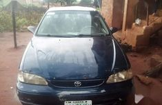 Selling 2000 Toyota Corolla in good condition at mileage 211,522