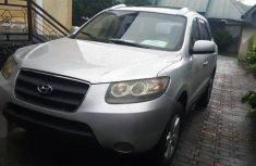Selling grey 2008 Hyundai Santa Fe manual at mileage 137,560