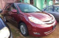 Used 2010 Toyota Sienna automatic at mileage 65,000 for sale in Uyo