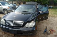 Need to sell black 2004 Mercedes-Benz C240 at mileage 181,000 in Lagos