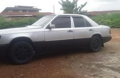 Need to sell cheap used 2000 Mercedes-Benz 230E sedan in Oyo