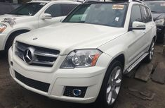 Clean used white 2010 Mercedes-Benz GLK suv automatic for sale in Lagos