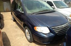 Sell authentic 2004 Chrysler Town at mileage 20
