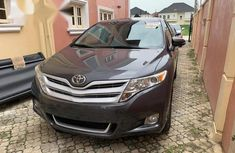 Sell used 2012 Toyota Venza suv / crossover automatic in Lagos