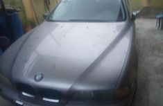 Selling grey/silver 1998 BMW 528i suv / crossover in good condition