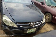 Need to sell cheap used blue 2001 Peugeot 607 sedan in Ikeja