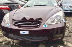 Selling purple 2004 Lexus ES automatic at price ₦1,900,000