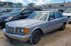 Need to sell used blue 1981 Mercedes-Benz 300E automatic at cheap price