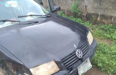 Well maintained black 2000 Volkswagen Jetta sedan automatic for sale