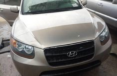 Sell used gold 2007 Hyundai Santa Fe suv automatic at cheap price