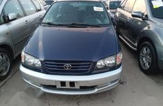 Selling 2000 Toyota Picnic in good condition at price ₦2,300,000 in Lagos