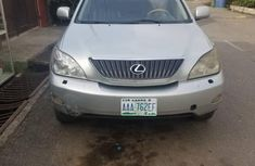 Selling grey/silver 2005 Lexus RX manual at price ₦2,285,888