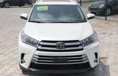 Well maintained 2019 Toyota Highlander for sale at price ₦23,000,000 in Lagos