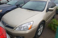 Sell gold 2005 Honda Accord automatic in Lagos
