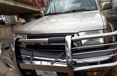 Need to sell cheap used gold 2002 Toyota 4-Runner suv / crossover