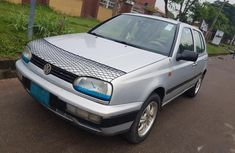 Need to sell grey/silver 2003 Volkswagen Golf at mileage 100