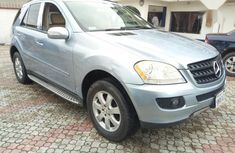 Best priced used blue 2006 Mercedes-Benz M-Class suv automatic