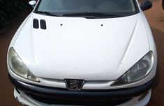 Selling 2005 Peugeot 206 manual in good condition