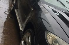 Sell well kept black 2009 BMW X6 sedan at price ₦3,500,000