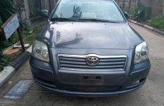Sell sparkling 2006 Toyota Avensis sedan automatic