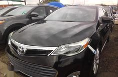 Selling 2015 Toyota Avalon automatic at mileage 85,321
